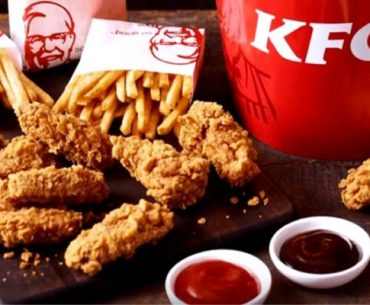 KFC a cheltuit inutil 8 milioane de lire sterline pentru a vinde hrană sănătoasă; clienții au fost dezintersați de merele coapte și pieptul de pui pe grătar, preferând tot mâncarea prăjită