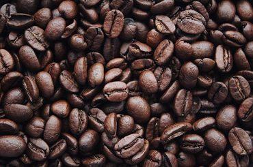 Mai puțină cafea la nivel mondial: au fost înregistrate scăderi atât în ce privește producția, cât și cantitățile tranzacționate pe piața internațională
