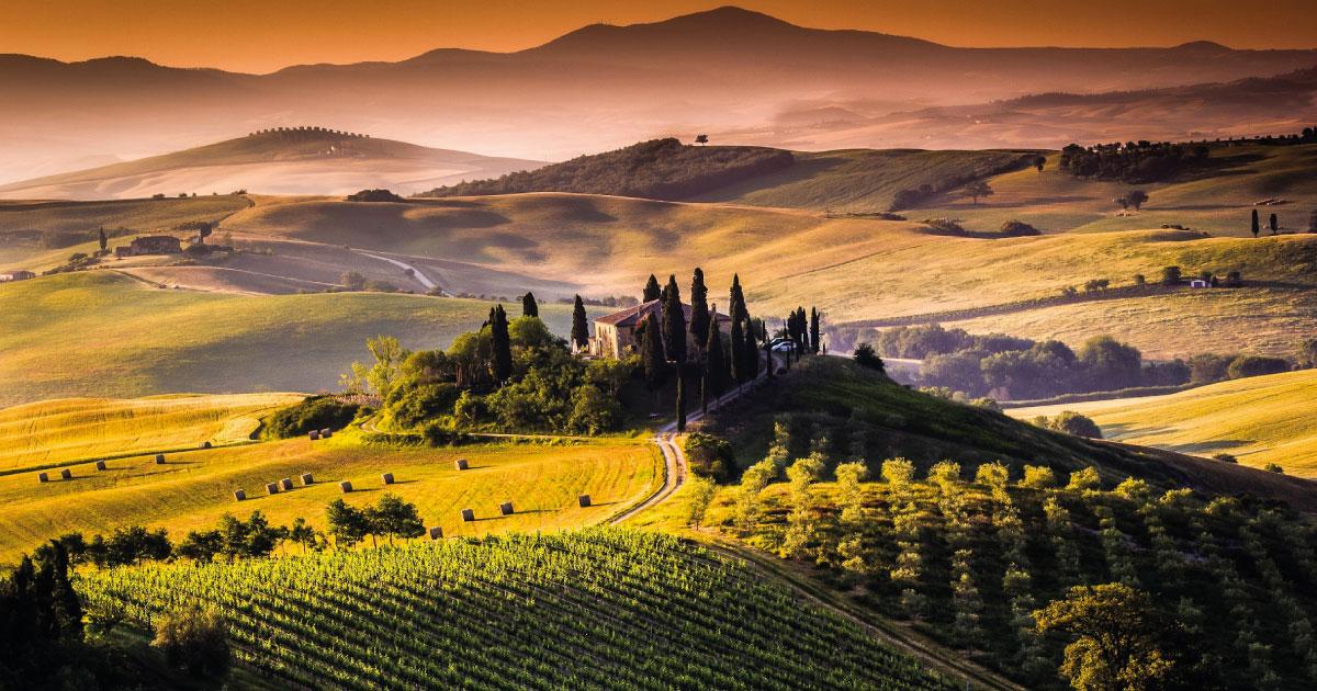 Năpastă pe capul viticultorilor italieni: autoritățile intenționează să construiască un depozit de deșeuri nucleare în mijlocul zonei viticole Val d'Orcia din Toscana