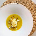 Primul restaurant all vegan din lume care a primit o stea Michelin aparține unei franțuzoaice de 41 de ani, cu studii de arheologie și diplomă de bucătar